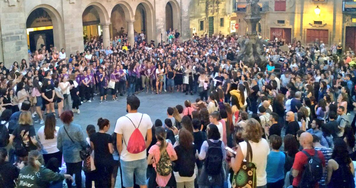 Remate da mobilización en Santiago en repulsa polos asasinatos de Valga, este 19 de setembro
